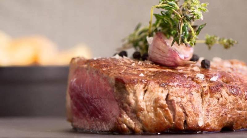 Portals Hills Steak
