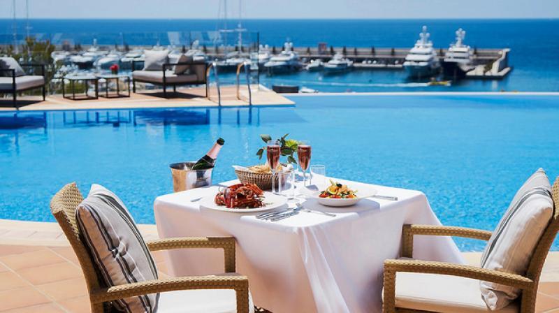 restaurante con vistas al mar mallorca