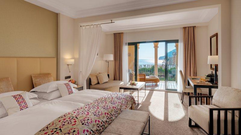 accomodation in steigenberger hotel