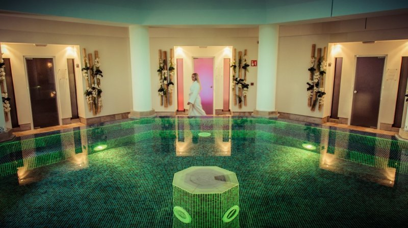 st regis spa access