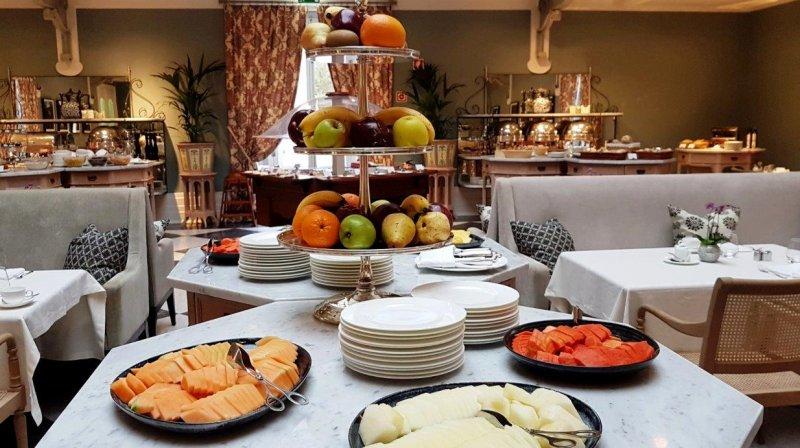 breakfast at vidago palace