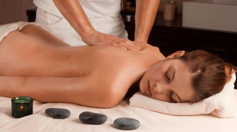 massage at Carlo IV