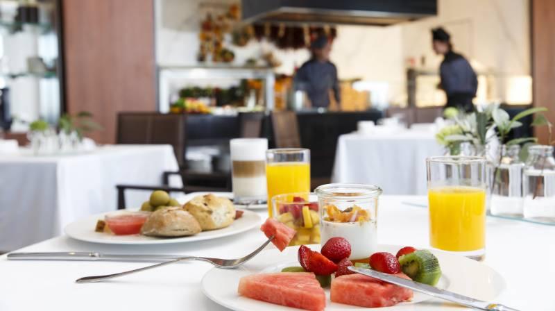 desayuno port adriano