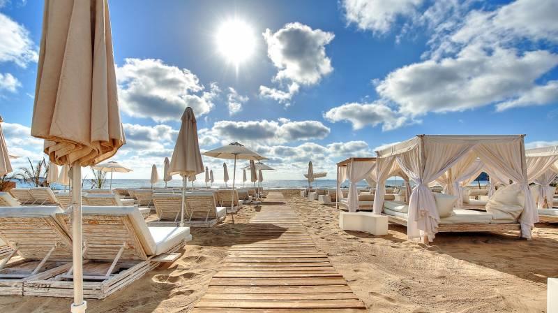 beach club ushuaia ibiza