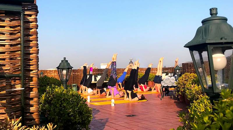 yoga al aire libre barcelona