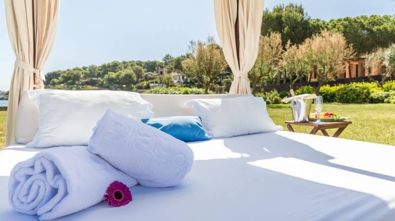 Balinese Bed in Mallorca
