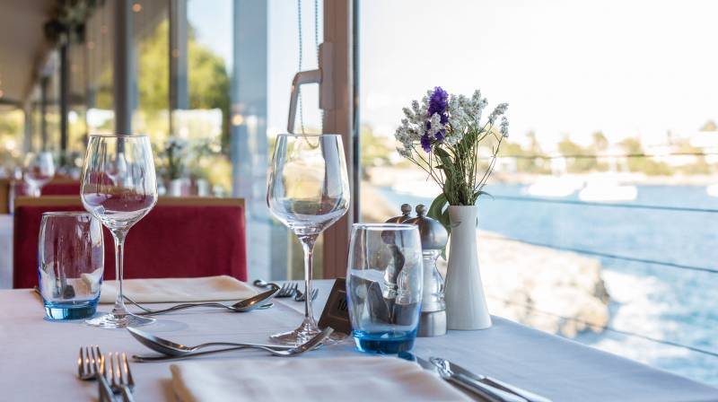 DayPass with Mediterranean Lunch for two
