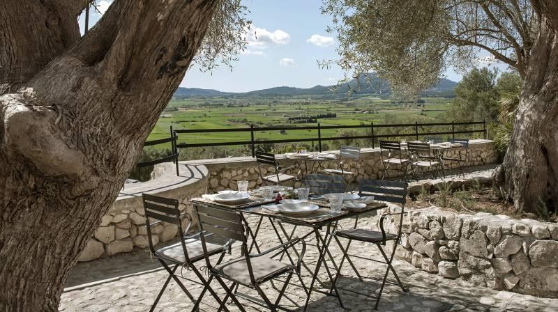 Romantic Lunch in Mallorca