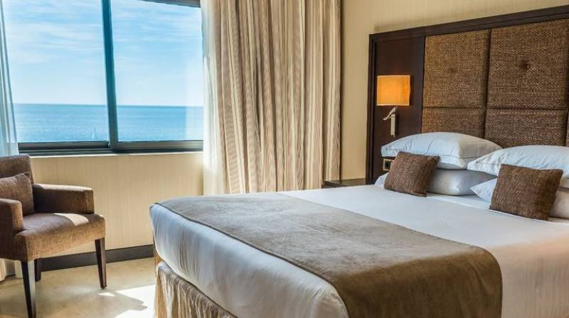 Accommodation with Breakfast Buffet & Wellness Experience in front of the sea