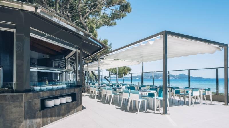 desayuno con vistas playa de muro
