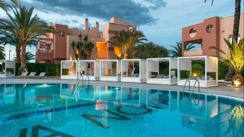 Alojamiento en habitación doble en Oliva Nova Resort