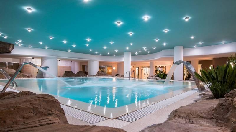 Special Offer for couples at Oliva Nova Resort