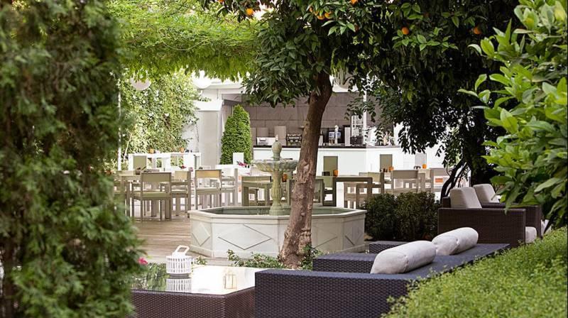 Spa, Massage y Tapas para 2 por San Valentín en Granada