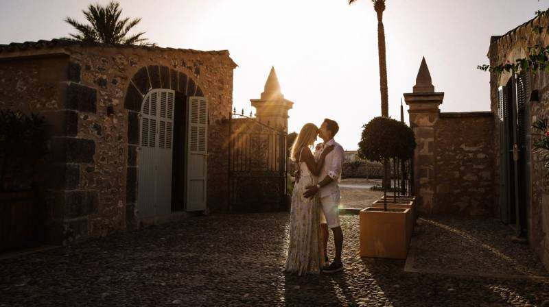 Valentine's Special Accommodation with Dinner in Mallorca