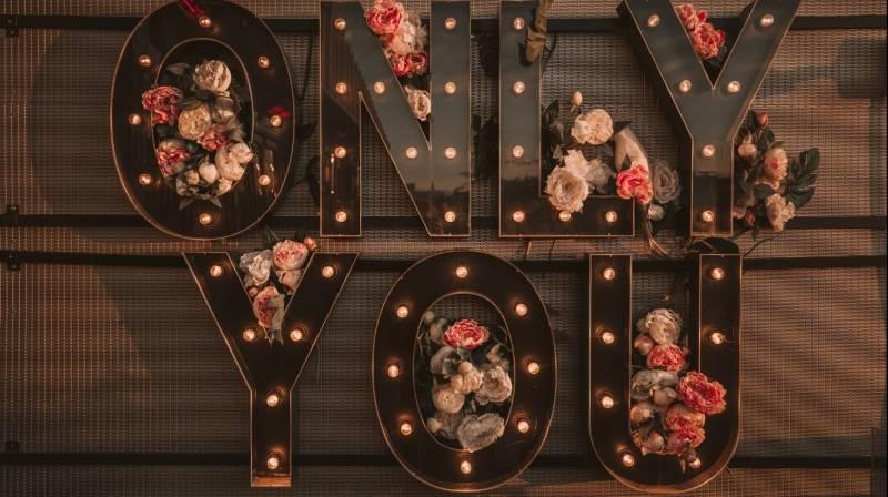 Cena de San Valentín con vistas para 2 en Only You Atocha Hotel