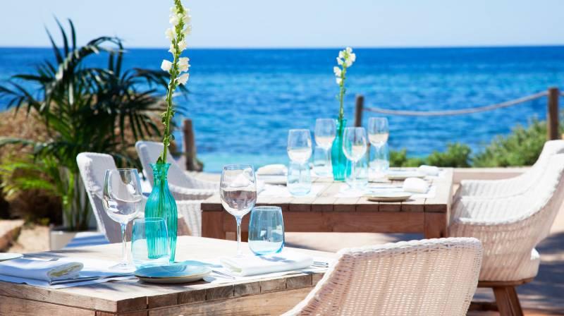 the best beach club in formentera