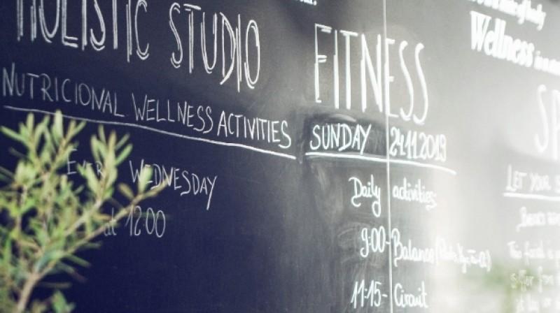 60 min Massage, Thalasso Pool Access & Wellness Lunch at Marbella Club