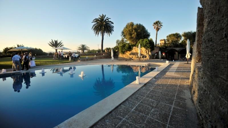 pool day mallorca