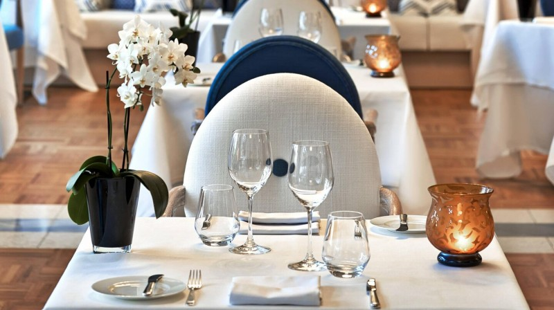 4-Course Dinner for 2 at Aqua Restaurant