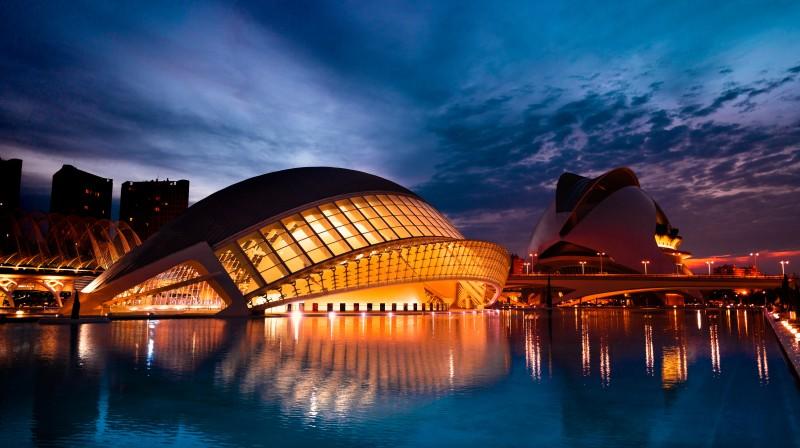 Valencia por la noche