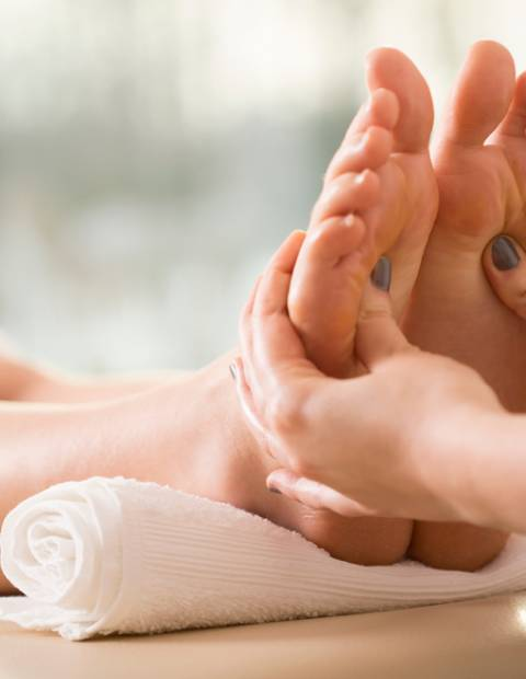 foot massage gift voucher
