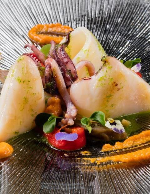 Themed Buffet Dinner at LA TERRASSA DEL MAR + beverage package