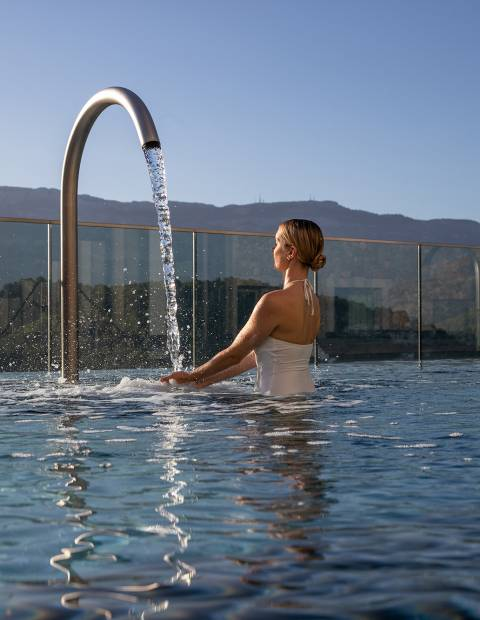 Jumeirah Port Soller Talise Spa hydropool swan neck