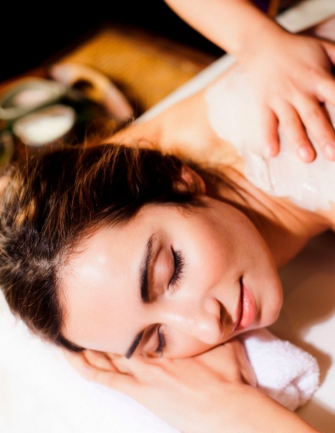 Body Peeling & Spa Access at La Finca Resort